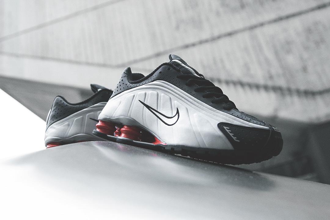 d808bd866ac Nike Shox R4  Silver Black Red