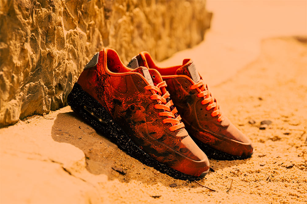 nike air max 90 mars landing on feet - photo #4