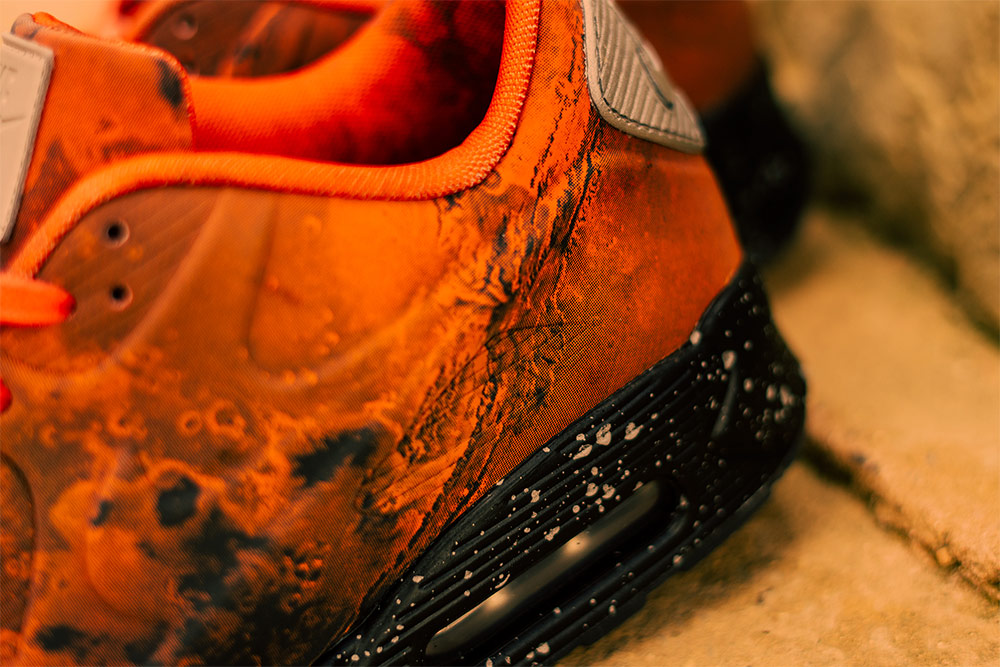 nike air max 90 mars landing on feet - photo #43