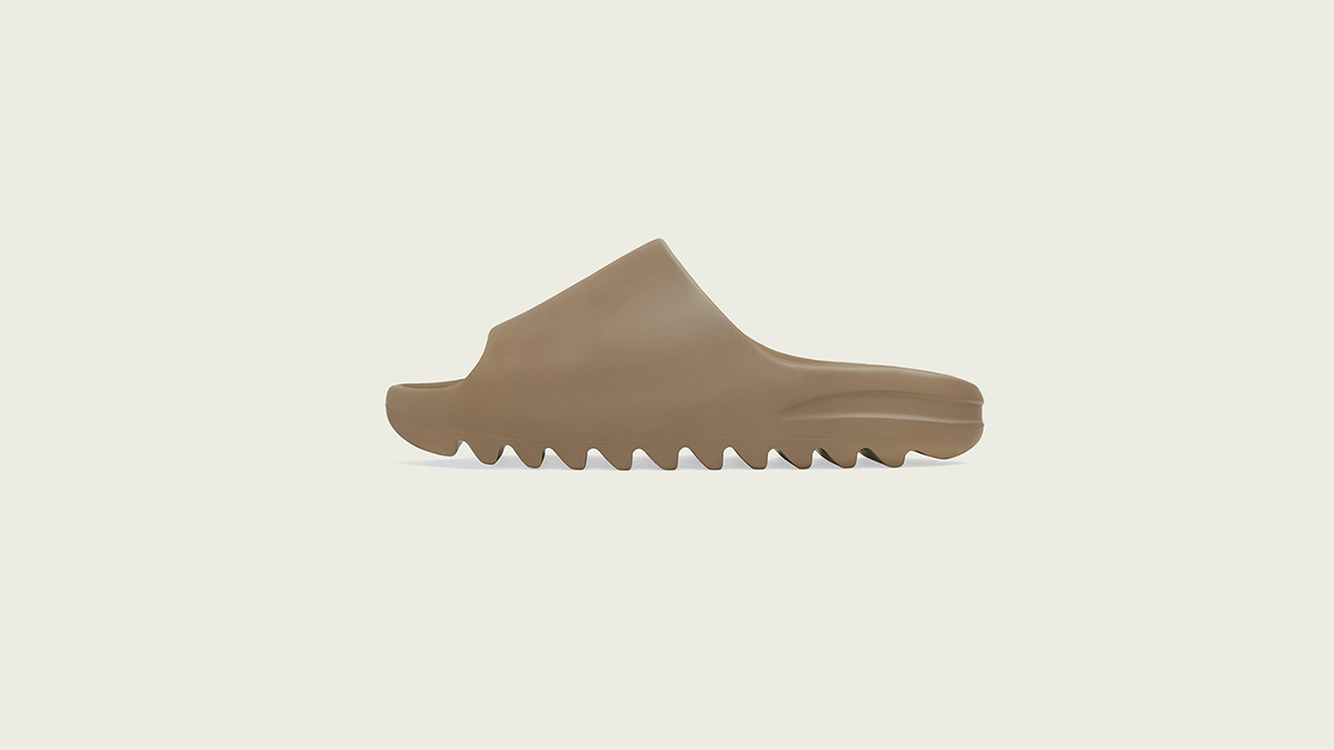 YEEZY Slides 'Core & Soot' | Raffle Closed!